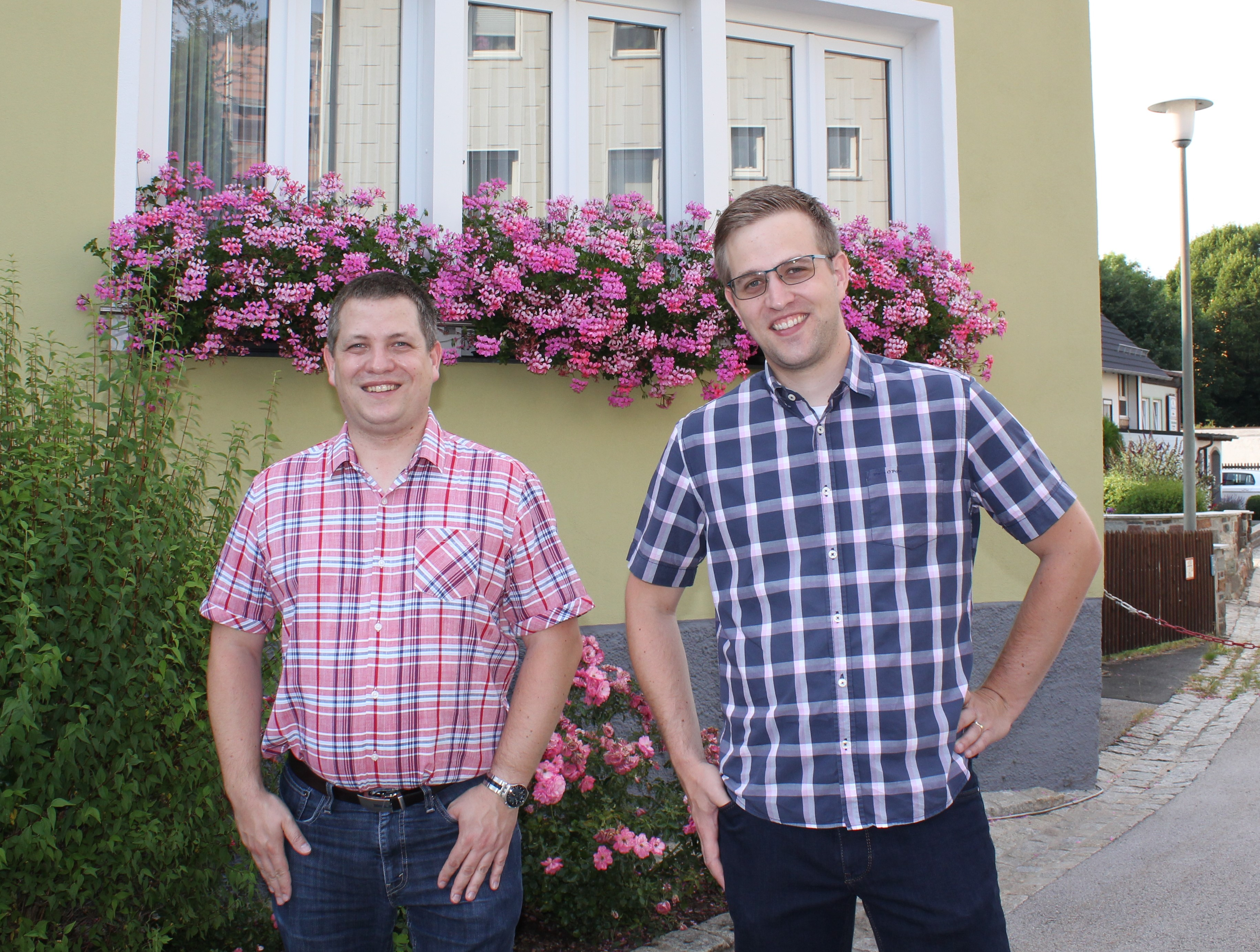 Die zwei Jugendbeauftragten der Gemeinde: Wolfgang Knappe (links) und Matthias Knappe (rechts)