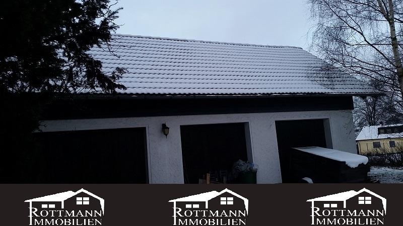 Grundstück mit 3 Garagen, Kontakt: Rottmann Immobilien GmbH